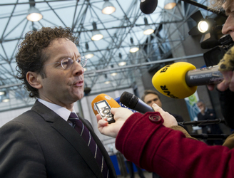 Eurogroup calls on bankers not governments to fix Italy's banks