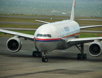 Aviation expert doesn't think anyone still alive from flight MH370