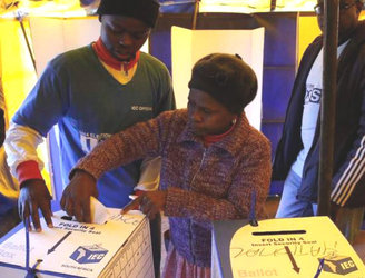 South Africans go to the polls today