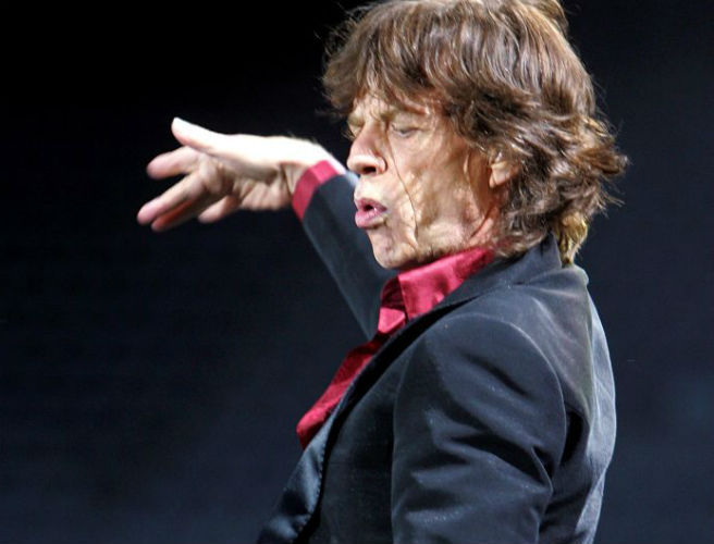 "WATCH: The Rolling Stones perform ""She's A Rainbow"" for the first time in 18 years"