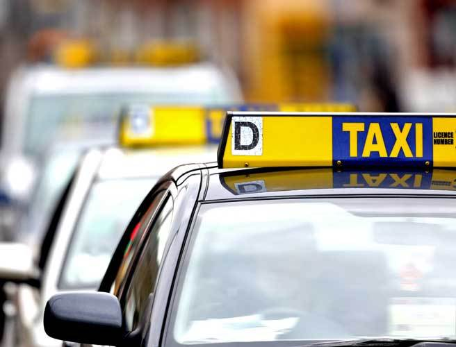 Illegal taxi drivers targeted in garda clampdown