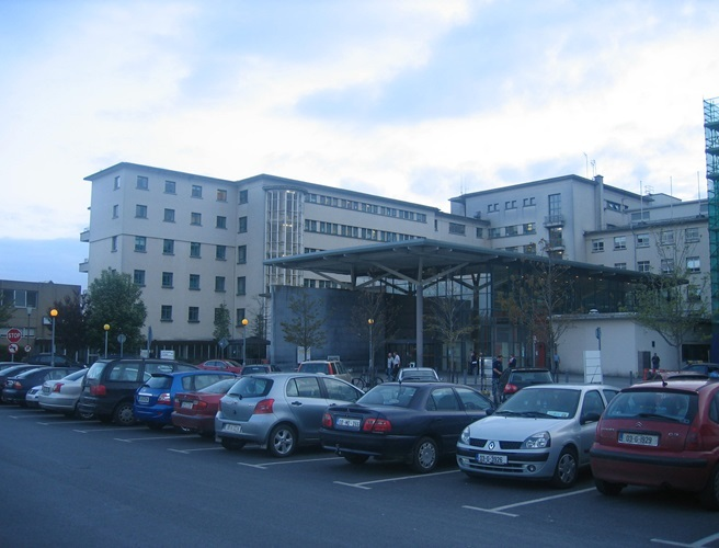 "Galway hospital capacity warning ""a terrible precursor to a difficult winter"""