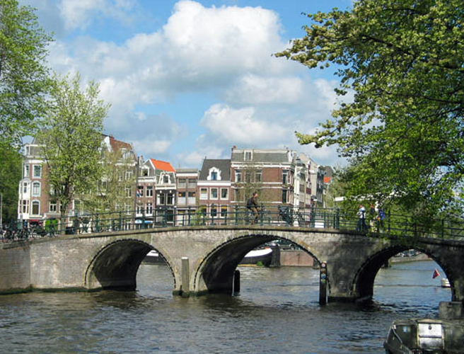 Man arrested for driving vehicle  into pedestrians in Amsterdam