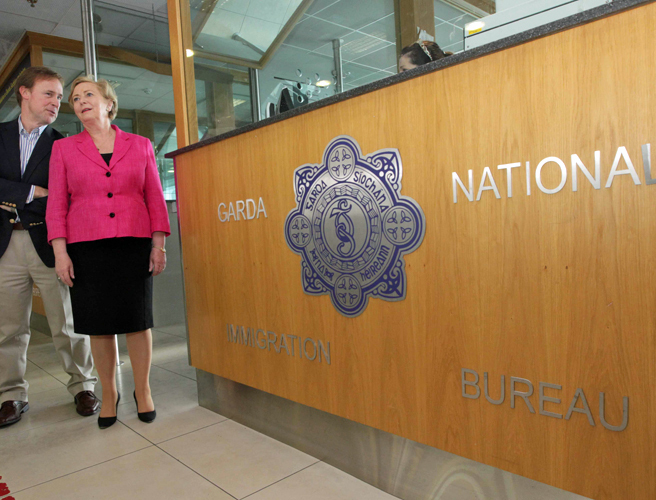 Replacement of gardaí with civilians at airport immigration will save €3.5m