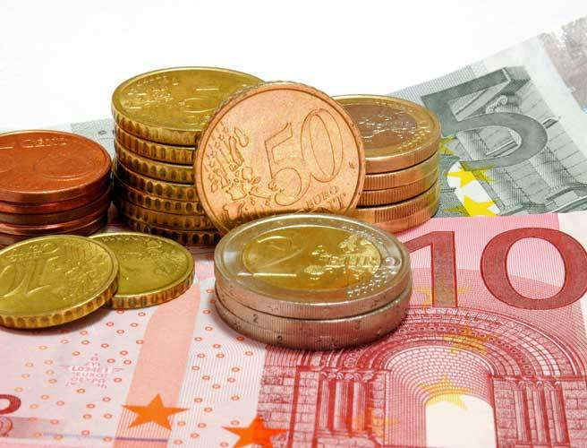"Why a ""living wage"" of €11.50 an hour should be introduced"