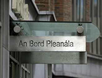 Protestors picket An Bord Pleanála over plans to put up wind turbines