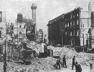 Relatives of Easter Rising participants accept government's centenary programme