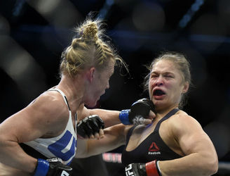 How did Holly Holm pull off her shock win over Ronda Rousey?