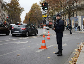 French police foil attack on security forces personnel