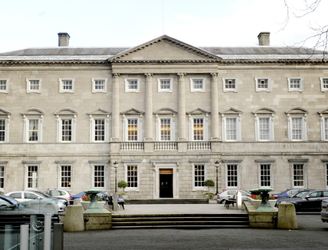 Banking Inquiry members meeting as report deadline approaches
