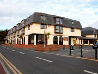 Dungarvan residents voice concern over plans to resettle refugees in local hotel