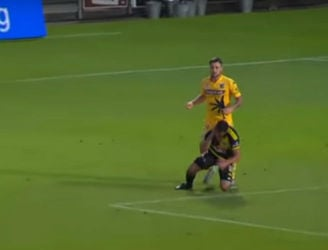 WATCH: Roy O'Donovan escapes with just a yellow for this clear headbutt