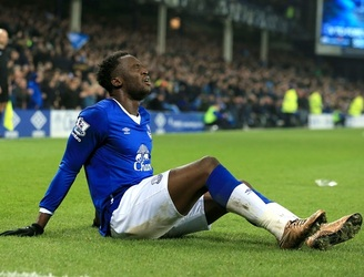 Another night marred by injuries as Everton claim victory over Manchester City