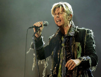 Glastonbury to pay tribute to Bowie and Prince