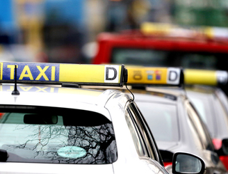 Cooked chicken, lobsters and false teeth among items left in taxis