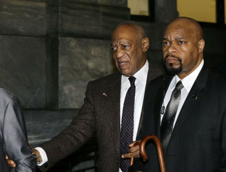 Cosby fails to have sex assault case thrown out