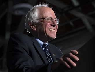 WATCH: Bernie Sanders shoots hoops as he awaits the results of the New Hampshire primary