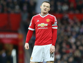 Wayne Rooney out for up to two months with knee injury - reports