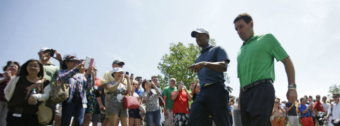 tiger woods, back, golf, injury, surgery