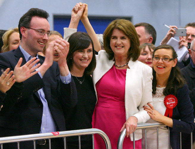 "Joan Burton ""absolutely"" wants to continue as leader of Labour"