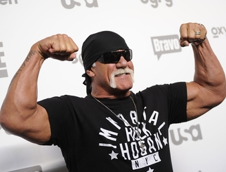 Hulk Hogan ready to grapple with Gawker in court again
