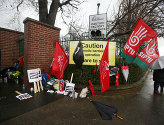 Shop stewards at Cadbury plant recommend acceptance of WRC proposals
