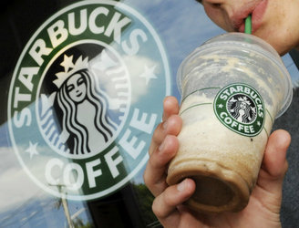 Woman sues Starbucks for $5 million over their use of ice