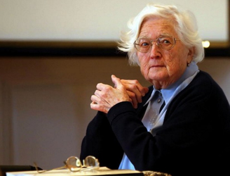 Thirty years in the making, 91-year-old French woman finally earns her PhD
