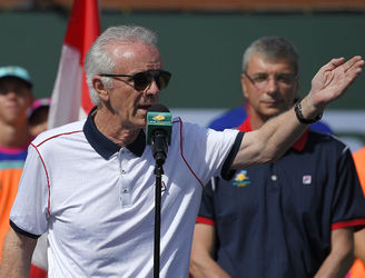 Tennis chief steps down over sexist comments at Indian Wells