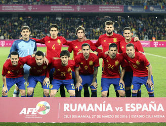 Have Spain tried to evolve their team too quickly?