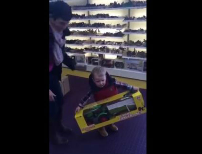 WATCH: This two-year-old Kerry farmer has one hilarious response to getting a new tractor
