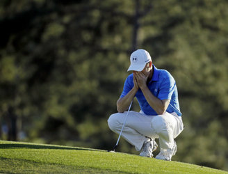 Did Jordan Spieth's Masters collapse lead to a mass sell-off of Under Armour shares?