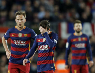 Barcelona slump to a third consecutive league defeat to blow title race wide open