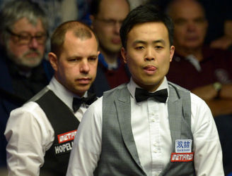 Fu survives Hawkins comeback to book place in Crucible semi-finals