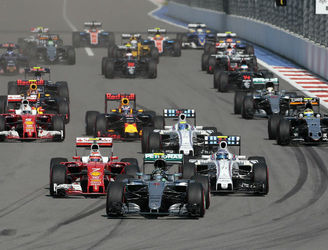 Rosberg stretches F1 championship lead after Russia triumph