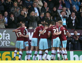 Burnley return to the Premier League with victory over QPR