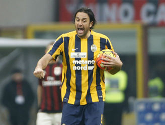 Luca Toni to retire at the end of the season