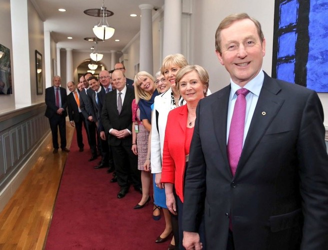 Members of the new cabinet to travel to the Áras tonight