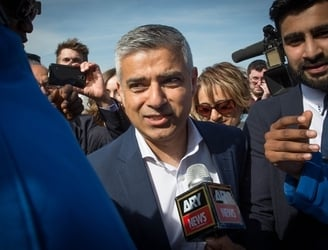 "London mayor rejects Trump's comments on ""exceptions"" to proposed Muslim ban"