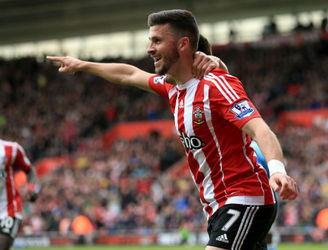 Shane Long wins the Player of the Year award from a local Southampton-based newspaper