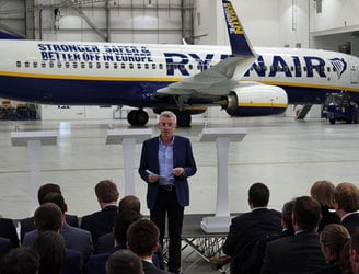 Ryanair unveils plane carrying 'Remain in EU' message for the UK