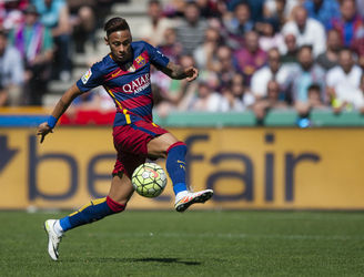 Spanish prosecutors call for Neymar to be tried for fraud