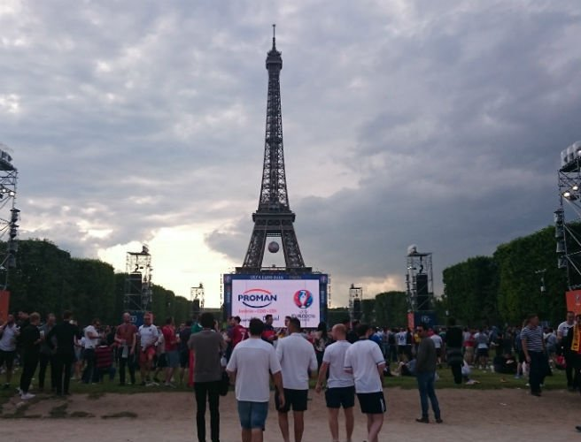 WATCH: What's the atmosphere really like for Irish fans in Paris' Euro 2016 fan zones?