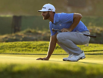 Dustin Johnson moves into the joint-lead at the US Open