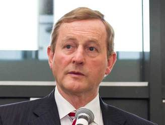 "Enda Kenny accuses Fianna Fáil of ""reversal to old populism"" over water charges"