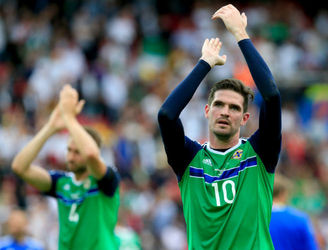 """We can be competitive in the last 16"" - Kyle Lafferty fancies Northern Ireland's chances in the next round"