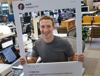 Image shows Mark Zuckerberg covers his webcam: Clever or paranoia?