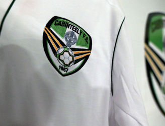 WATCH: Cabinteely striker scores six minute hat-trick in First Division