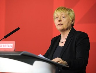 Angela Eagle to challenge Corbyn for UK Labour leadership