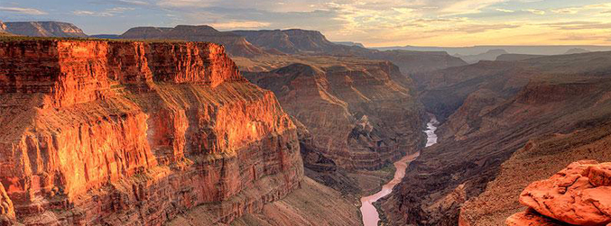 Win the Wonders with 'The Right Hook' and MasterCard: Grand Canyon and Las Vegas
